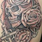 Tattoo Jos Oss Black and grey 20 skull rozen klok